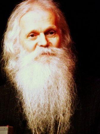 Память, светящая в сердцах... Отец Виктор