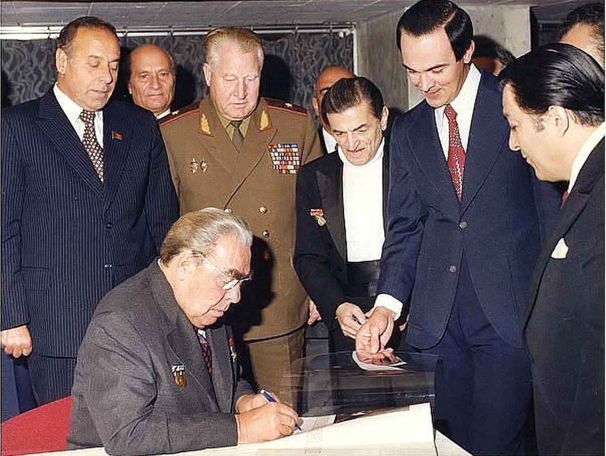 Гейдар Алиев, Муслим Магомаев, Рашид Бейпутов, Леонид Боежнев, Ниязи и другие