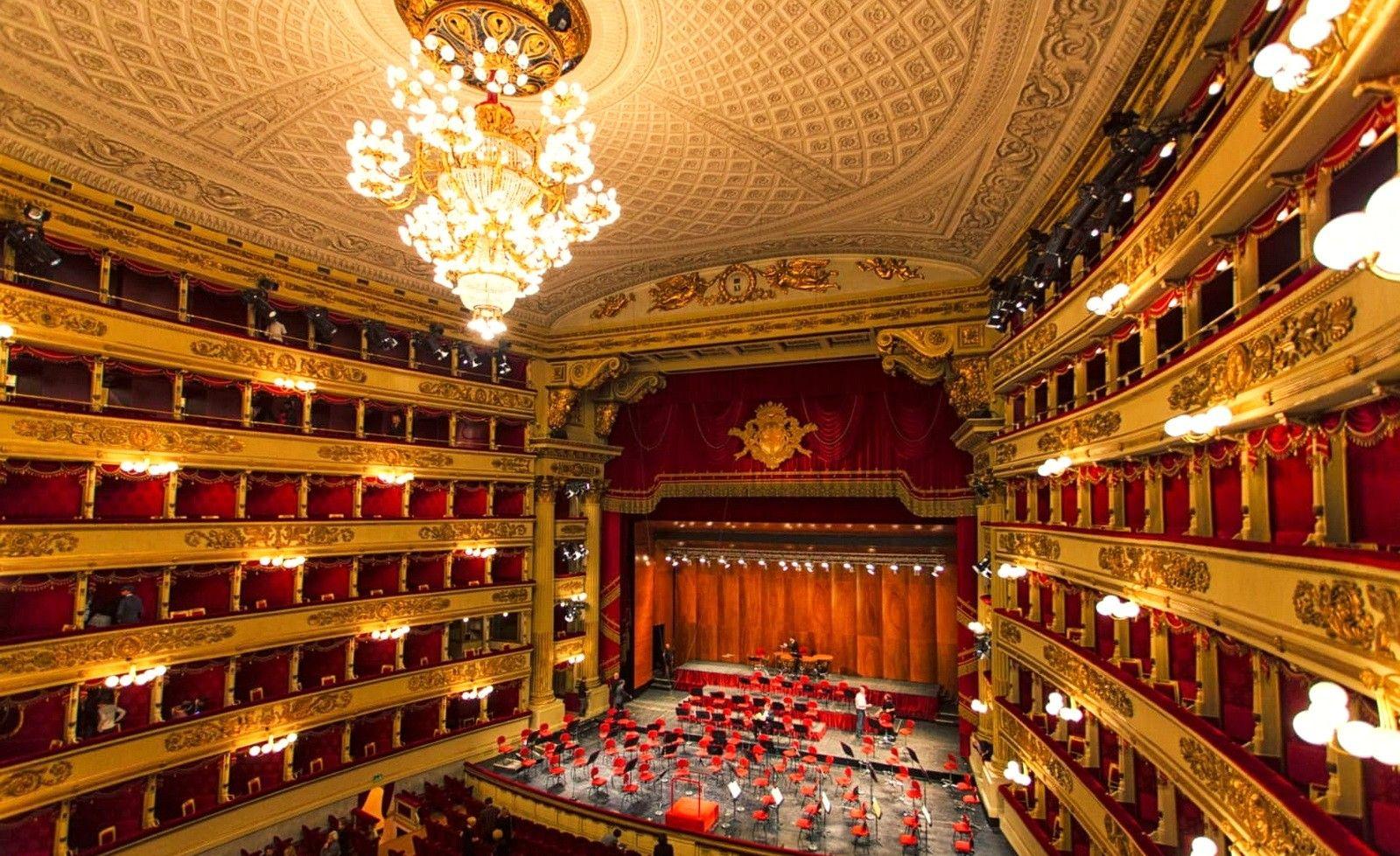 «Ла Скала» — мировой центр оперной культуры. У этого театра блестящая история. Здание театра построено в 1776—1778 годах на месте церкви «Санта Мария делла Скала», откуда театр и получил своё название «Ла Скала» — оперный театр в Милане. ... Здание театра равнялось 100 метрам в длину и 38 — в ширину.